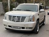 Cadillac Escalade 2007 года за 8 500 000 тг. в Алматы