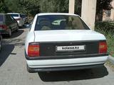 Opel Vectra 1990 года за 750 000 тг. в Шымкент – фото 2
