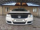 Volkswagen Passat 2010 года за 3 700 000 тг. в Мерке – фото 4