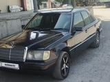 Mercedes-Benz E 260 1990 года за 1 100 000 тг. в Шымкент – фото 2