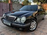 Mercedes-Benz E 320 2001 года за 3 650 000 тг. в Алматы