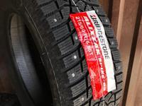 Шины Bridgestone 215/60/r16 Spike-02 за 37 000 тг. в Алматы