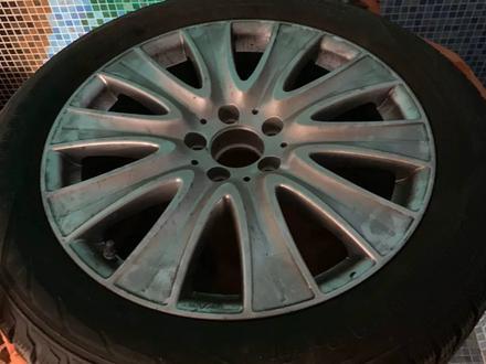 Зимняя резина с дисками на Mercedes новая 222 за 360 000 тг. в Алматы
