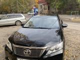 Toyota Camry 2014 года за 9 000 000 тг. в Павлодар – фото 2