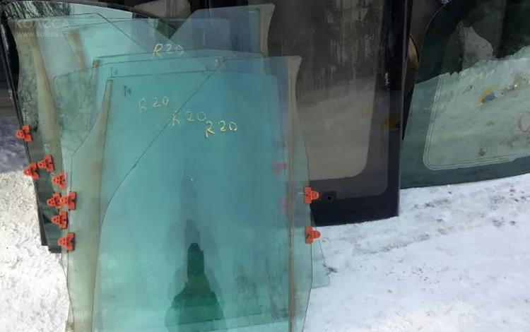 Стекла боковые за 6 000 тг. в Алматы