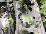 Ланжероны на лексус RX300 с телевизором за 70 000 тг. в Караганда – фото 3