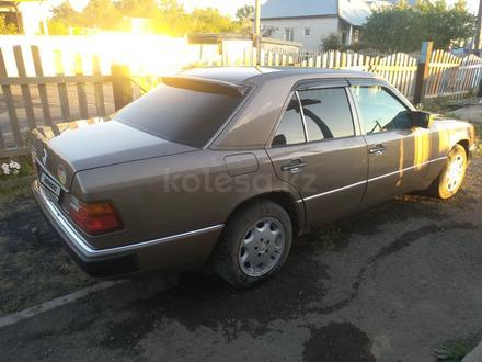 Mercedes-Benz E 230 1992 года за 1 550 000 тг. в Павлодар – фото 6