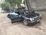 Mercedes-Benz E 280 1995 года за 1 800 000 тг. в Семей – фото 4