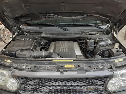 Land Rover Range Rover 2003 года за 3 400 000 тг. в Алматы – фото 2