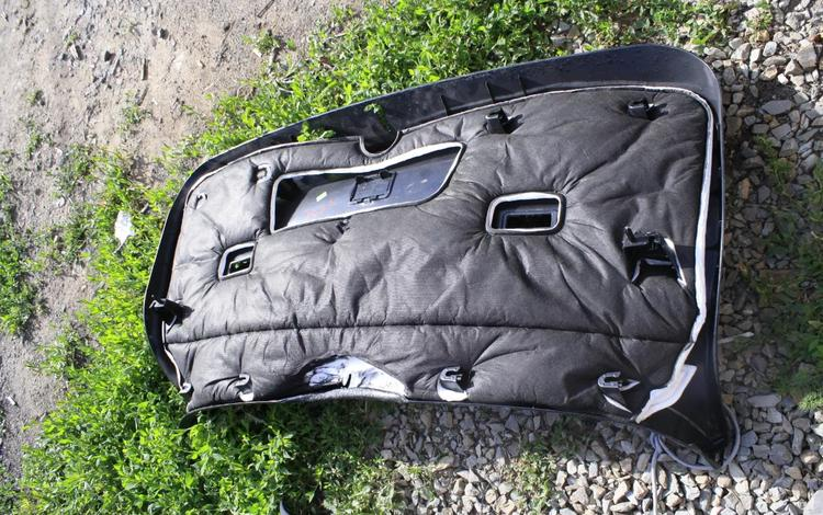 Обшивка в багажник на BMW f16 x6 2028 за 15 500 тг. в Нур-Султан (Астана)