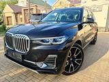 BMW X7 2020 года за 48 000 000 тг. в Атырау – фото 2
