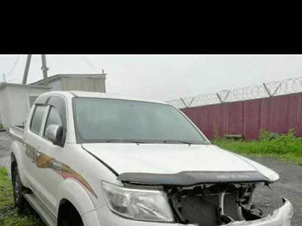 Toyota Hilux Pick-up 2011 по запчастям в Караганда – фото 2