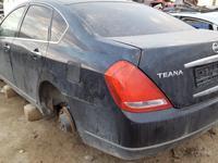 Nissan Teana 2004 года за 10 000 тг. в Атырау