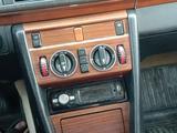 Mercedes-Benz CE 230 1993 года за 1 250 000 тг. в Шымкент
