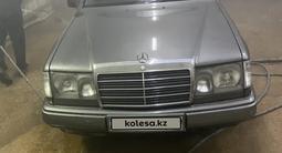 Mercedes-Benz E 200 1989 года за 800 000 тг. в Жезказган