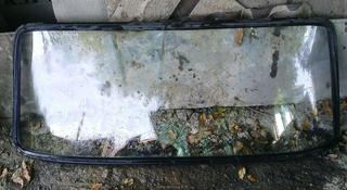 Заднее стекло за 5 000 тг. в Алматы