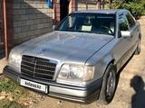 Mercedes-Benz E 280 1993 года за 2 300 000 тг. в Шымкент