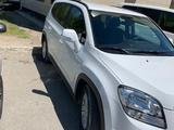 Chevrolet Orlando 2014 года за 4 500 000 тг. в Атырау – фото 2
