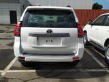 Toyota Land Cruiser Prado 2020 года за 21 450 000 тг. в Семей – фото 2
