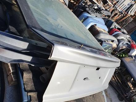 Крышка багажника, пороги, двери Опель Вектра А 88-95г за 25 000 тг. в Актобе