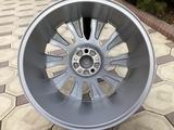 Оригинальные диски R21 на Range Rover за 640 000 тг. в Алматы – фото 4