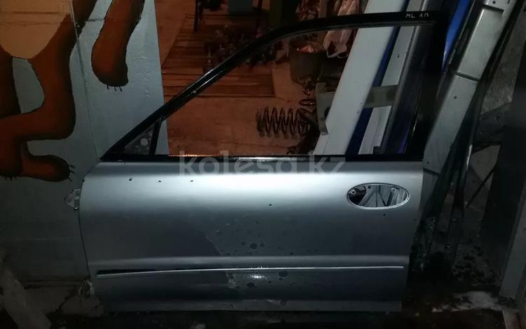 Двери передняя левая, задняя левая на Mitsubishi Lancer 1995 г… за 15 000 тг. в Караганда