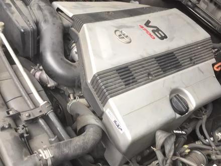 Двигатель 2uz тойота за 1 000 тг. в Нур-Султан (Астана)