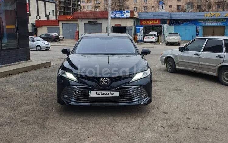Toyota Camry 2019 года за 13 200 000 тг. в Шымкент