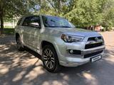 Toyota 4Runner 2017 года за 18 300 000 тг. в Алматы – фото 2