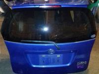 На Тойоту Королла Версо Corolla Verso 120 крышка багажника дверь… за 120 000 тг. в Алматы