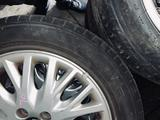 Диски с резиной Yokohama Volvo s40 за 140 000 тг. в Алматы – фото 3