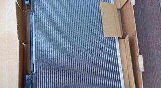 Радиатор двигателя Приора за 10 000 тг. в Семей
