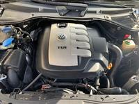 Volkswagen Touareg 2004 года за 3 300 000 тг. в Алматы