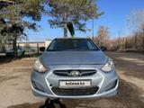 Hyundai Solaris 2011 года за 2 600 000 тг. в Караганда – фото 2