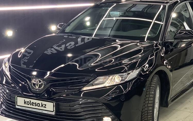 Toyota Camry 2019 года за 11 200 000 тг. в Алматы
