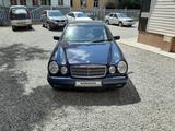 Mercedes-Benz E 200 1996 года за 3 300 000 тг. в Усть-Каменогорск – фото 3