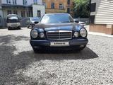 Mercedes-Benz E 200 1996 года за 3 300 000 тг. в Усть-Каменогорск – фото 4