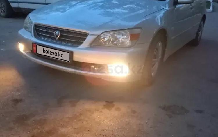 Toyota Altezza 2001 года за 1 800 000 тг. в Караганда