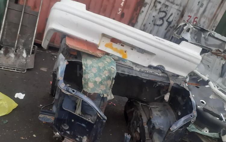 Капот. Решеткй кршка багажникдын првзной Япония в Алматы