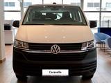 Volkswagen Caravelle Trendline 2021 года за 17 570 000 тг. в Уральск – фото 2