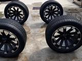Комлект шин с дисками за 650 000 тг. в Караганда
