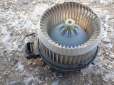 Б/у оригинальный моторчик печки для Toyota Hilux с 05г. И… за 38 000 тг. в Актобе – фото 4