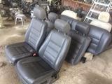 Салон сидения Кожаные на Volkswagen Touareg из США за 979 тг. в Алматы