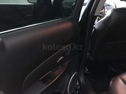 Chevrolet Cruze 2014 года за 4 500 000 тг. в Семей – фото 14