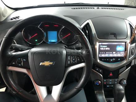 Chevrolet Cruze 2014 года за 4 500 000 тг. в Семей – фото 16