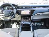 Audi e-tron 2019 года за 30 000 000 тг. в Алматы – фото 5