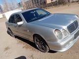 Mercedes-Benz E 230 1996 года за 2 300 000 тг. в Павлодар – фото 3