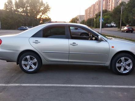 Toyota Camry 2004 года за 3 200 000 тг. в Усть-Каменогорск – фото 3