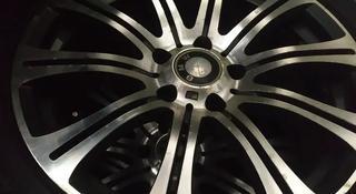 Шины зимние на BMW M5 за 250 000 тг. в Алматы