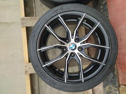 Диски с резиной на BMW 235/40/R18 за 140 000 тг. в Алматы